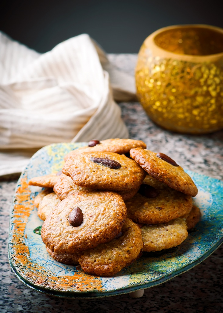 almond-cookies.4-copy.jpg