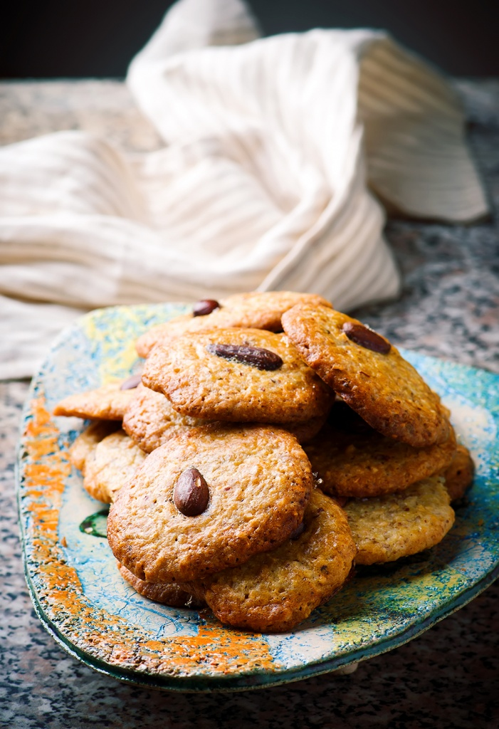 almond-cookies.3-copy.jpg